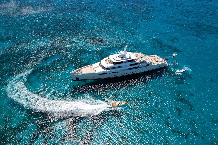 MOTOR YACHT OF THE YEAR - GRACE E 2015-