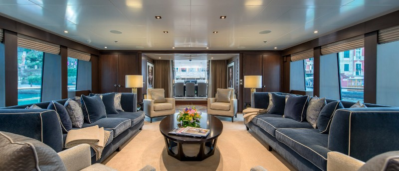 MY The Wellesley - 56m super yacht by The Wellesley Hotel London - mai saloon