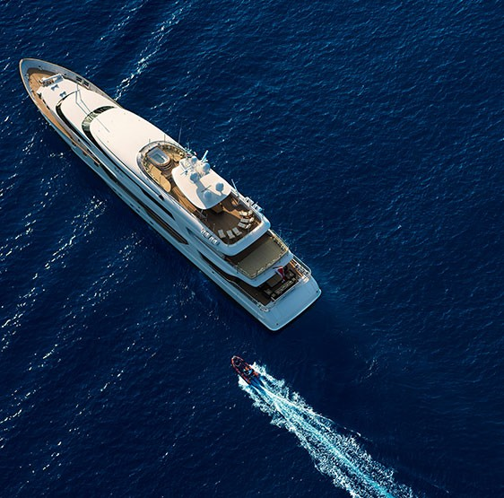 MY The Wellesley is a 56m super yacht extending The Wellesley Hotel's service and style to sea-