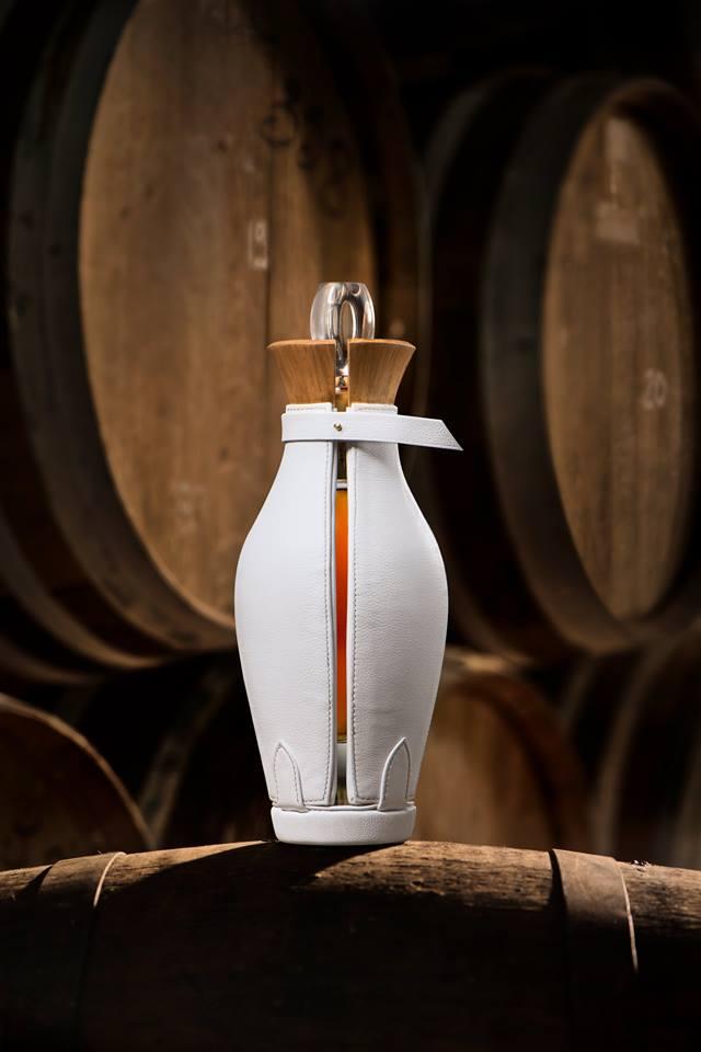 Maltier le Malletier - Une carafe de Bisquit cognac by Maltier le Malletier