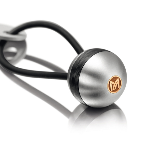 Meister Key chain in titanium, carbon and red gold