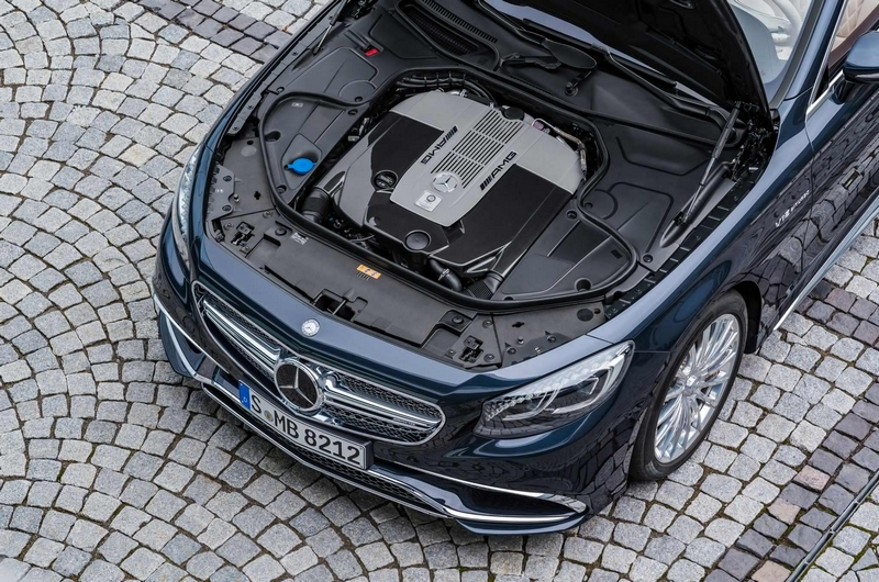 Mercedes-AMG S 65 Cabriolet-engine