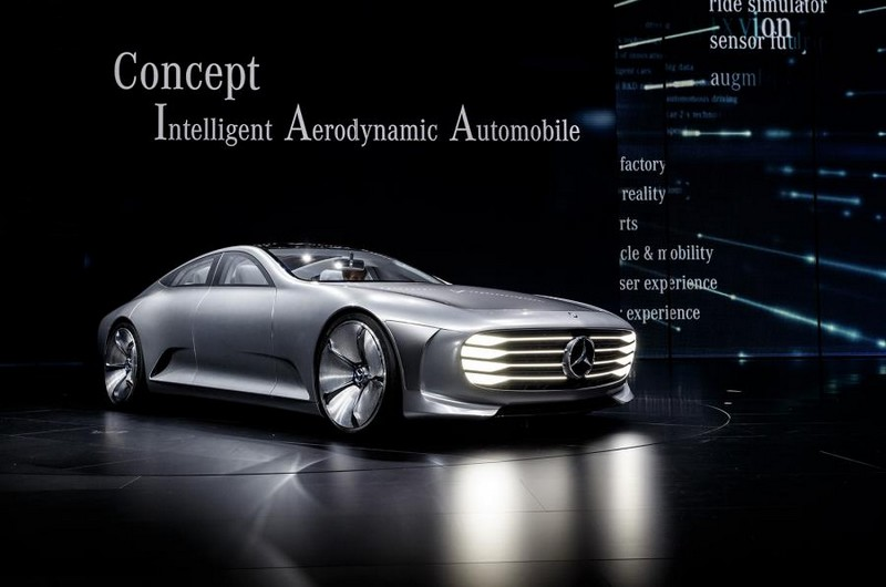 Mercedes-Benz IAA concept 2015-intelligent aerodynamic