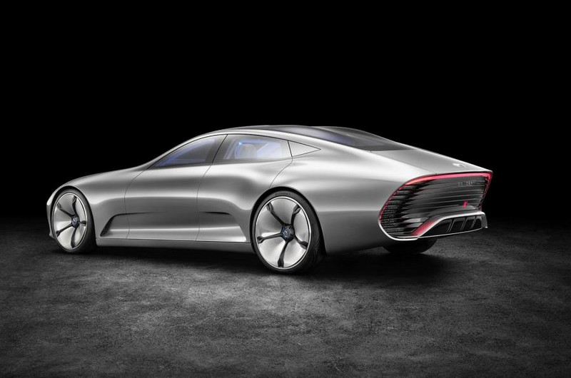 Mercedes-Benz IAA concept 2015-lateral