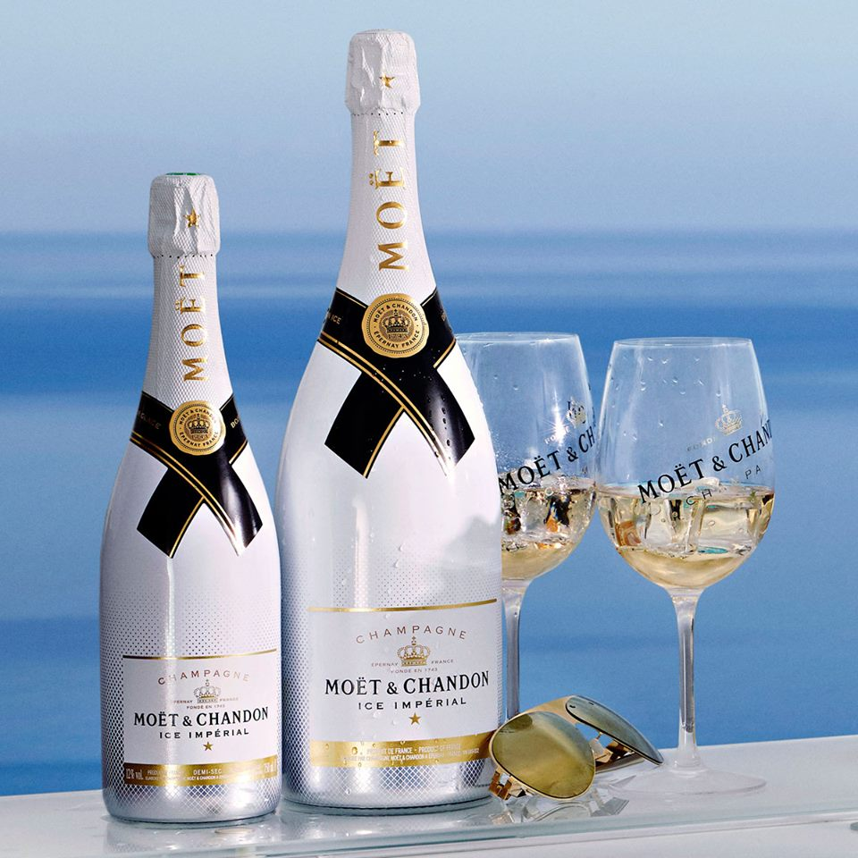 how to serve moet ice