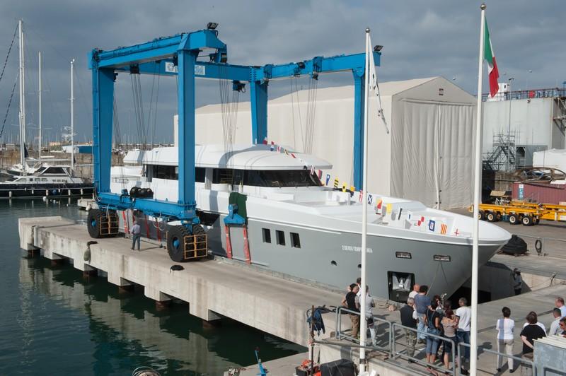Monaco Yacht Show 2016 - New Otam custom range 35m Gipsy-