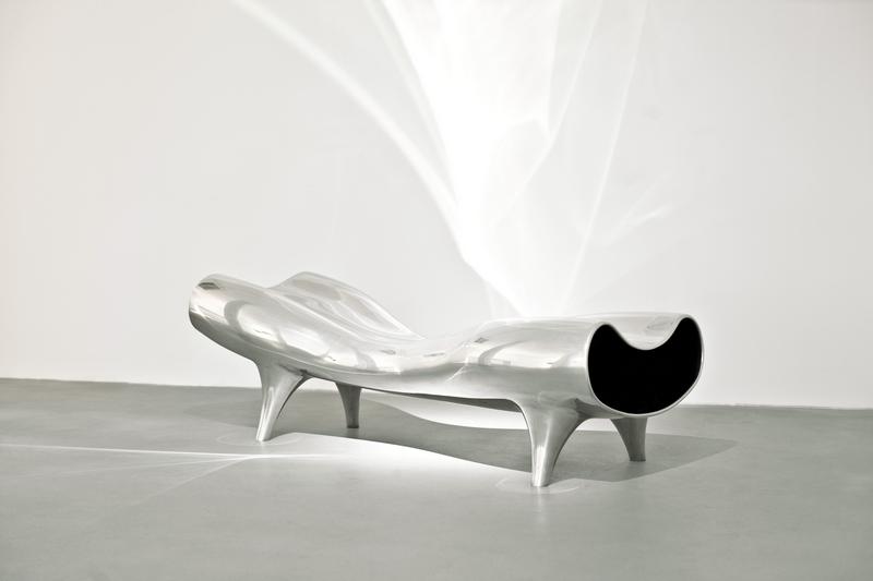 newson_orgone-stretch-lounge