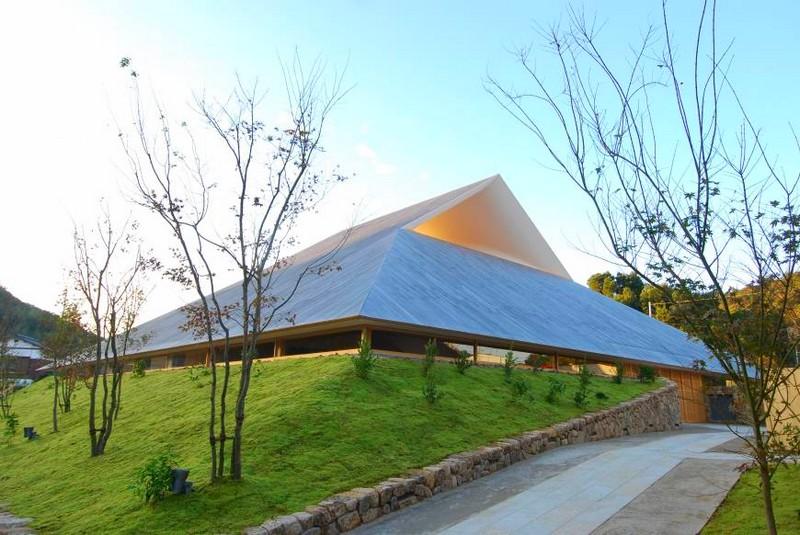 Naoshima Hall, Japan, by Hiroshi Sambuichi-