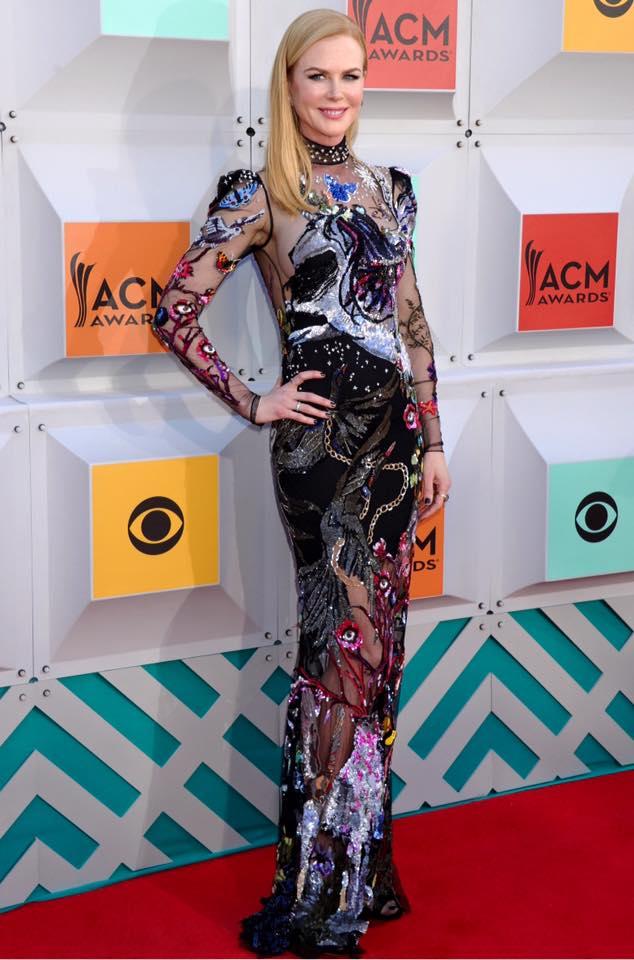 Nicole Kidman wearing an Alexander McQueen AW16 dark dream embroidered gown