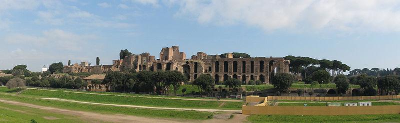 palatine_hill_rome_panorama_from_circus_maximus
