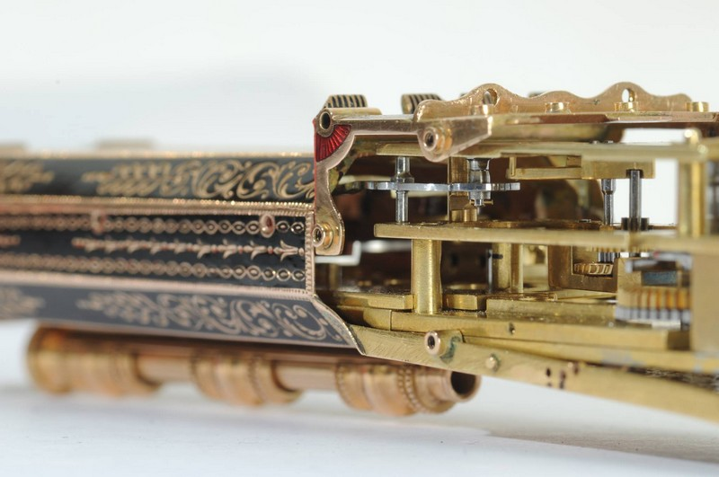 Parmigiani Fleurier The Pistol  Restoration project - SIHH 2016 - inside
