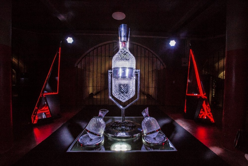 penfolds-aevum-imperial-service-ritual-the-unveiling