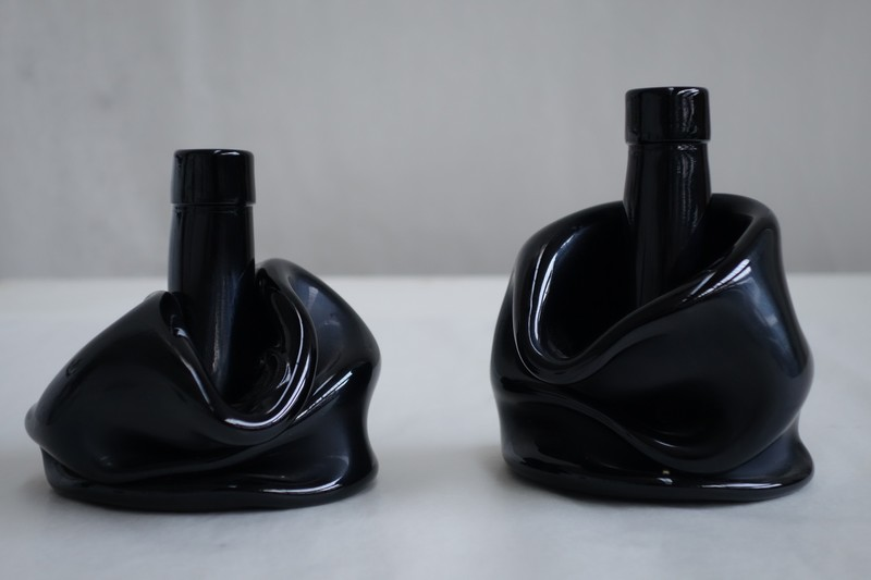 Pesce-This is not a bottle at Mudac, Lausanne casts new light on wine containers