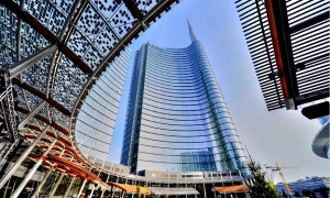 Piazza-Gae-Aulenti-Milan