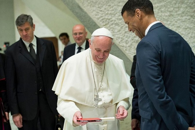 Once-in-a-lifetime opportunity to join Pope Francis at 2016 World UnPlugNPlay Festival in Vatican City