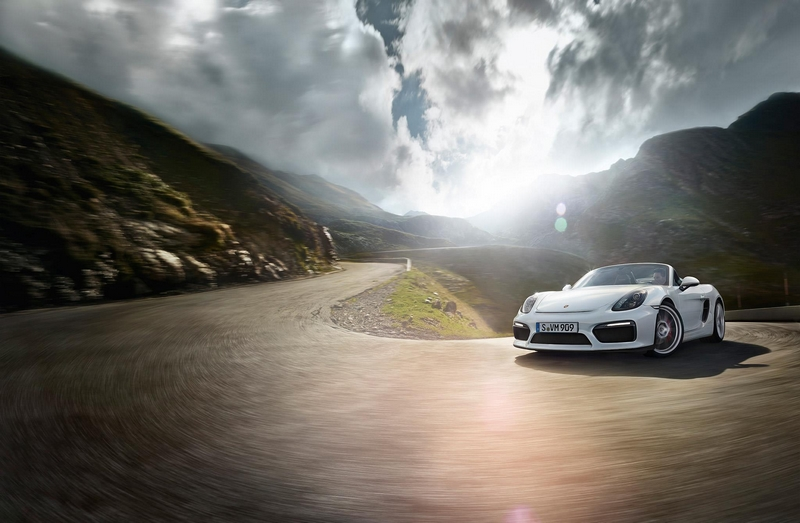 Porsche Boxter Spyder-The new Boxster Spyder debuts at 2015 New YorkAuto Show