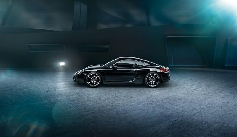 Porsche Cayman Black Edition--