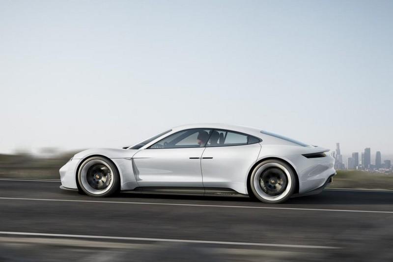 PorscheMissionEConceptFrankfurtMotorShow2015