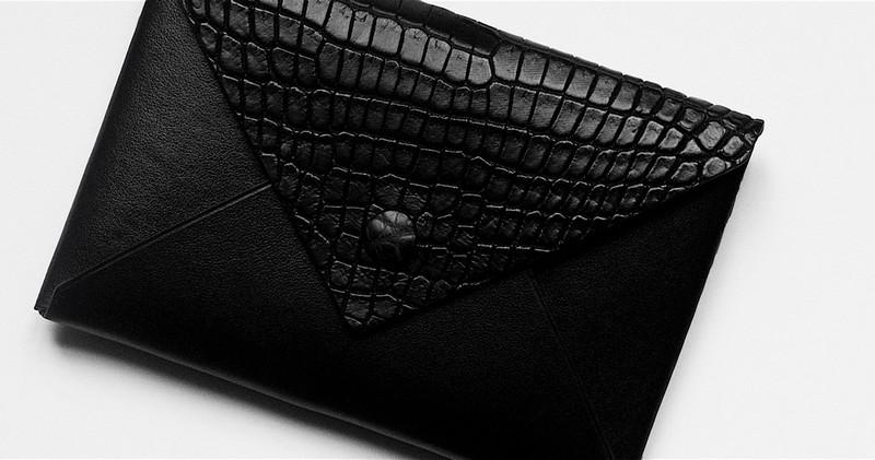 Quamta Ultra Black Envelope Explorer