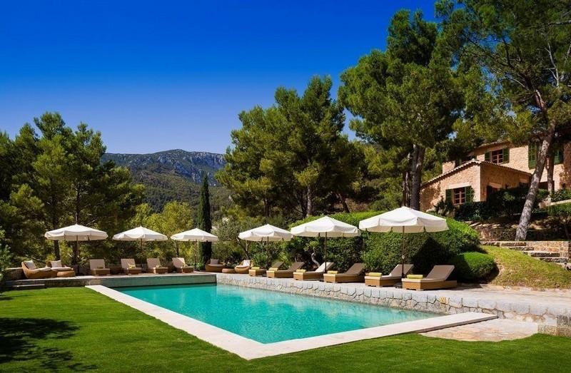 Richard Branson  Son Bunyola Estate Mallorca