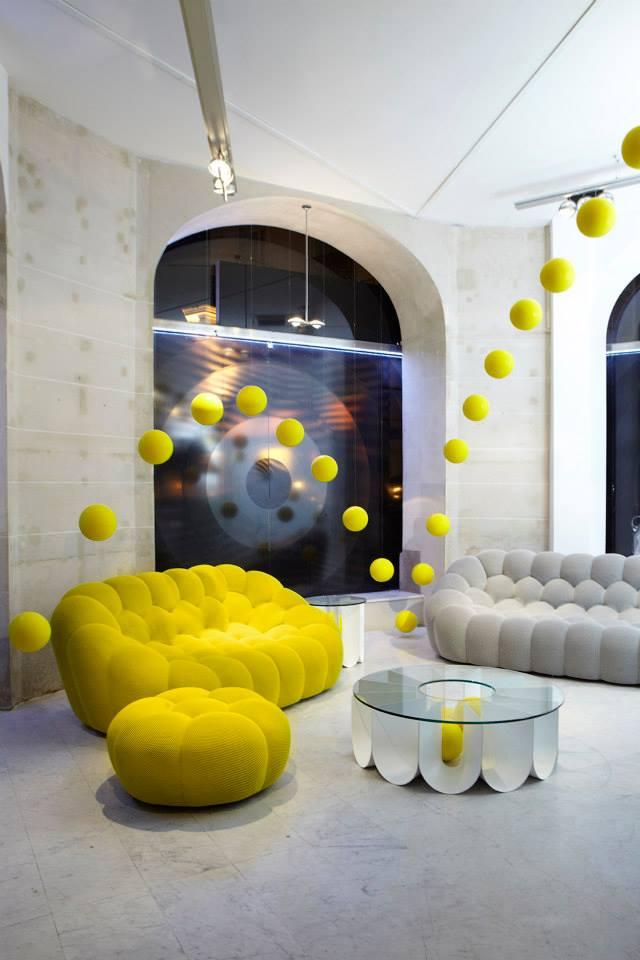 best fine home furnishings brands 2luxury2 com. Black Bedroom Furniture Sets. Home Design Ideas