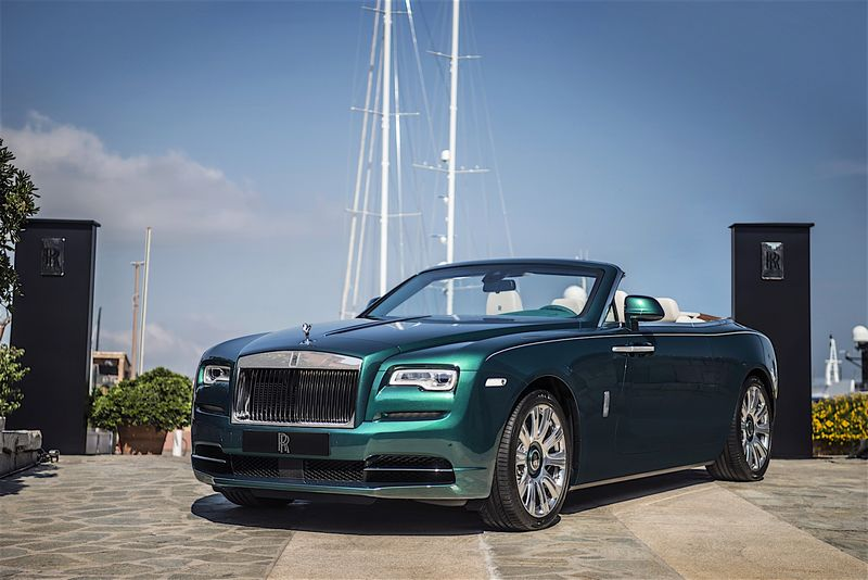 Rolls Royce emerald embellished Dawn and Wraith inspired by Porto Cervo