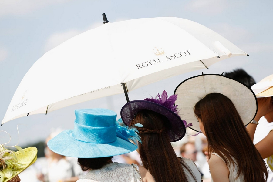 Royal Ascot Racecoure umbrellas