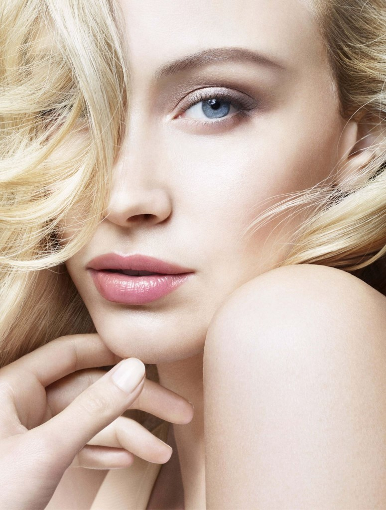 Sarah Gadon – a glimpse at the world of a contemporary ... A Dangerous Method Boat