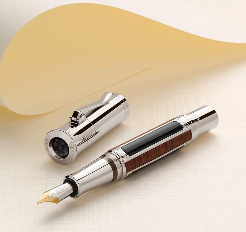 Schloss Schonbrunn, Vienna Pen of the Year 2016 -graffvon faber-castell-writing deluxe