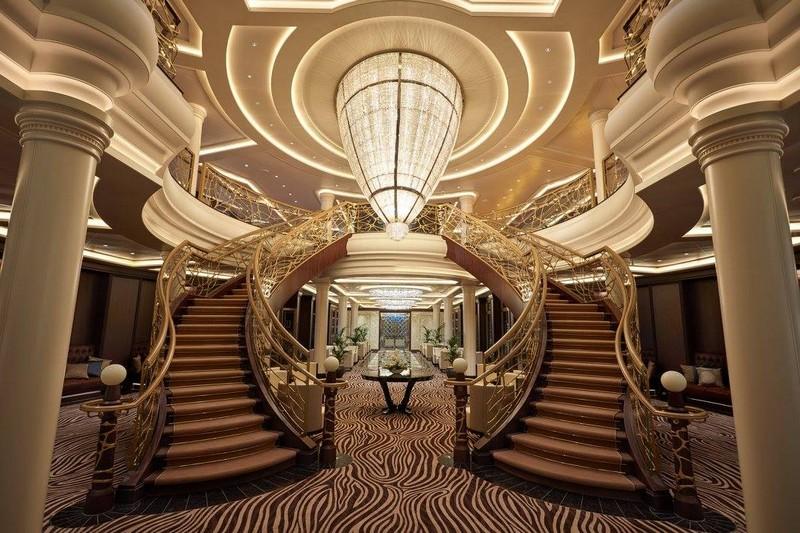 SevenSeasExplorer - The Atrium