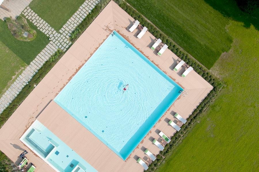 Sheraton Lake Como Hotel 2015 - the pool aerial view