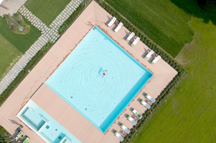 Sheraton Lake Como Hotel 2015 - the pool aerial view