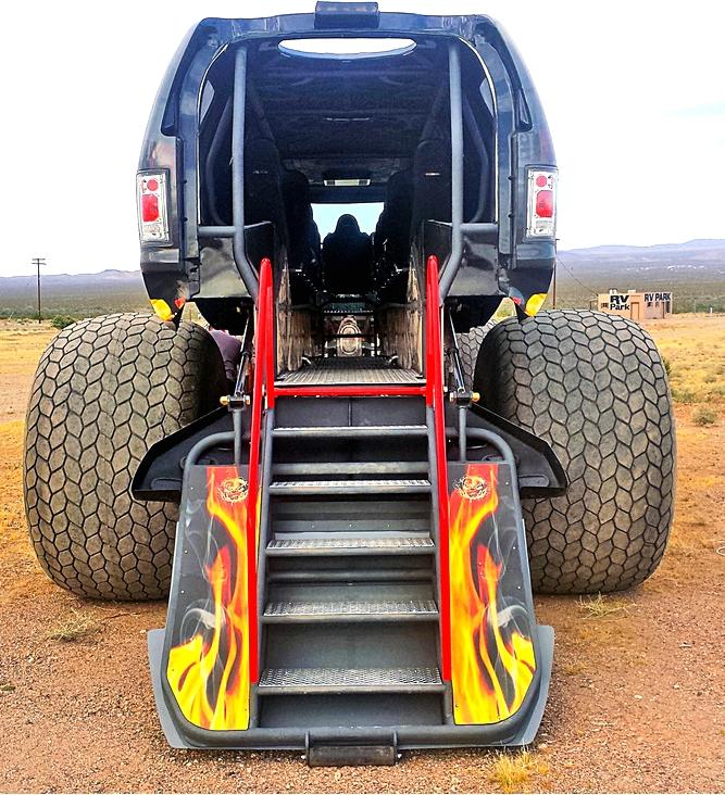 Sin City Hustler - the world's first luxury monster truck-
