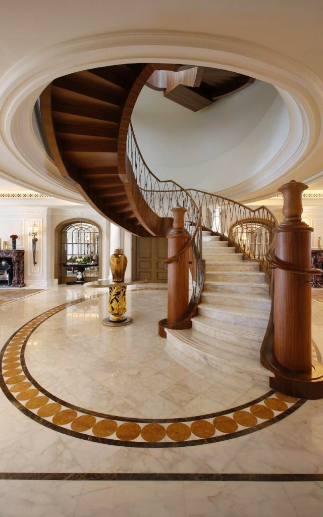 Sir Winston Churchill Suite - St Regis Dubai-The suite's spiral staircase