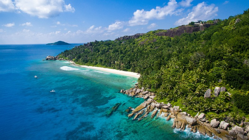 six-senses-zil-pasyon-located-on-the-private-island-of-felicite-is-now-open