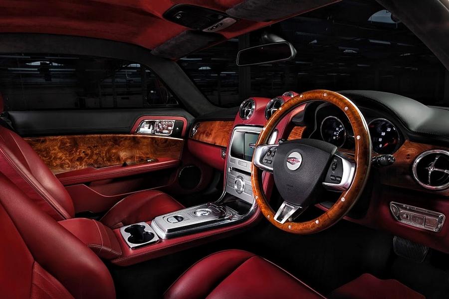Speedback GT car - luxury interior