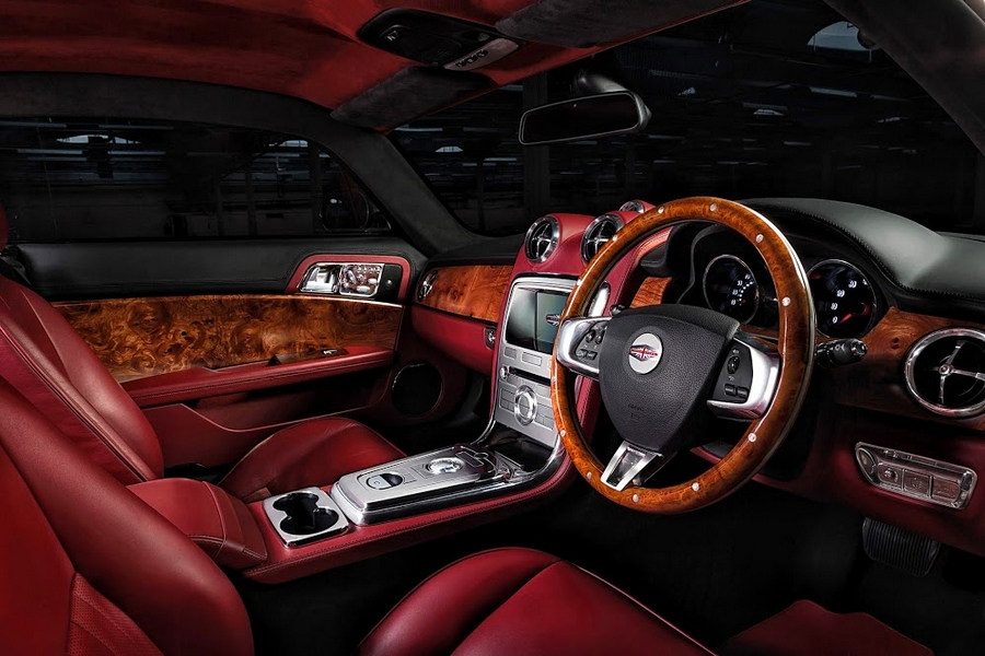 Speedback GT car - luxury interior
