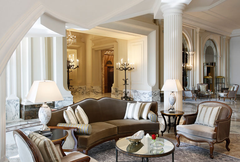 St Regis Dubai hotel - Lobby Seating