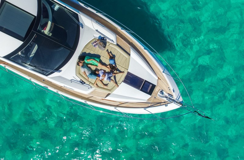 sunseeker-68-sport-yacht-world-premiere-london-boat-shwo