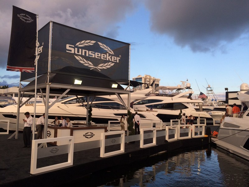 SunseekerOnShow at For Lauderdale International Boat Show 2015-002