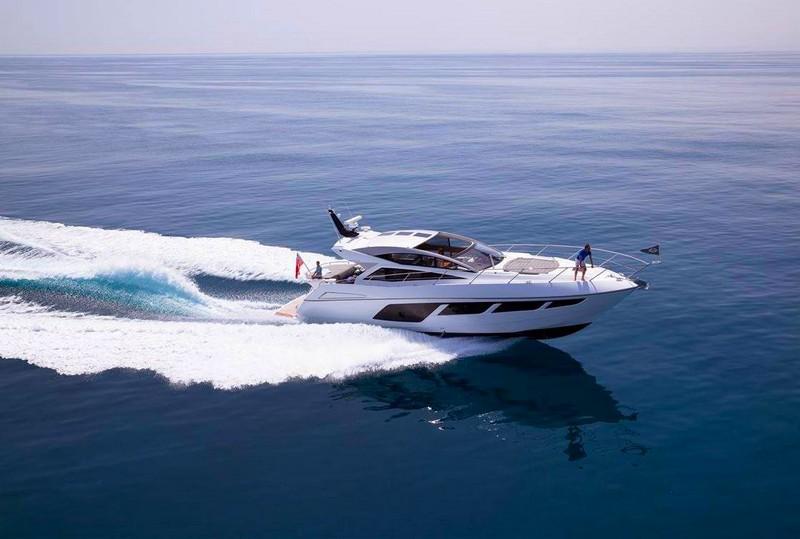 SunseekerOnShow at For Lauderdale International Boat Show 2015-Predator 57