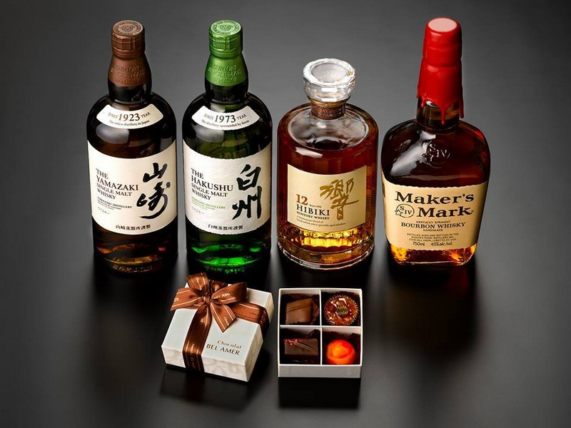 Suntory whiskies and chocolate