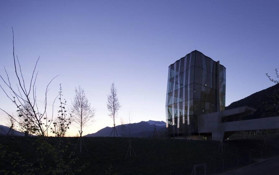 Swarovski Kristallwelten 2015-Game Tower & playground