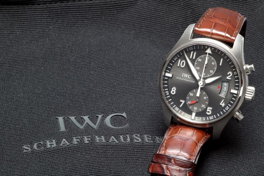 Swiss luxury watch IWC Schaffhausen-Love my Spitfire