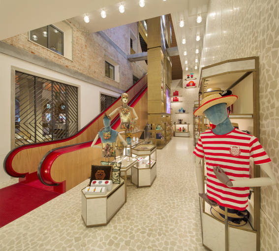 t-fondaco-dei-tedeschi-in-venice-dfs-group-opened-first-european-store-2016