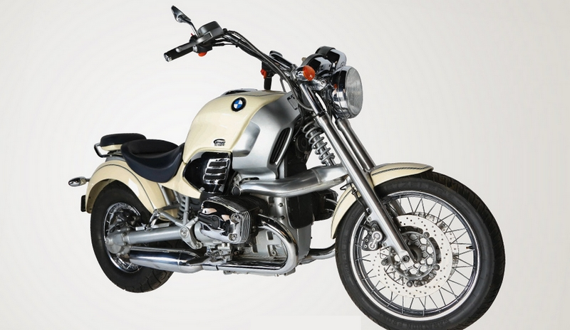 TOMORROW NEVER DIES - 1997 BMW R1200C