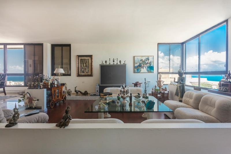 Tel Aviv, Israel -Ramat Aviv Gimel Penthouse - Shlomo Ben Yosef Street-room