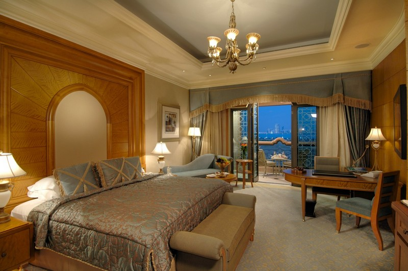The Emirates Palace in Abu Dhabi - the room