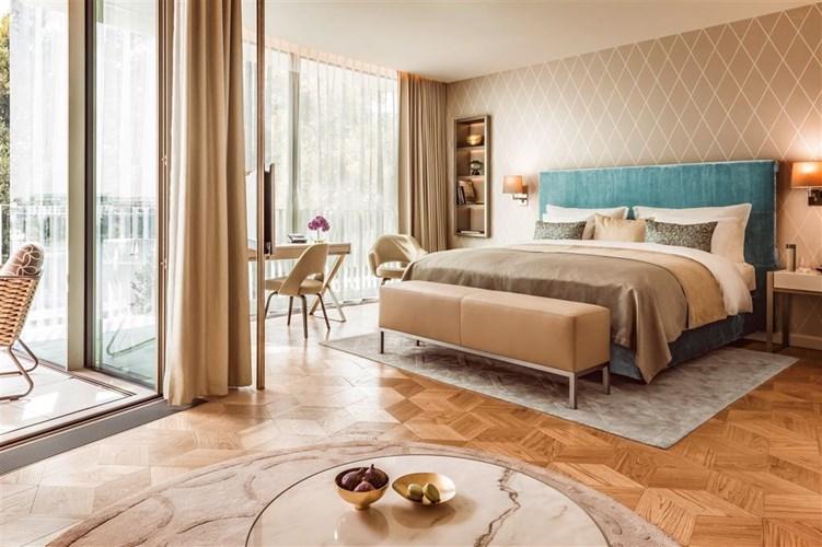 the-fontenay-hamburg-hotel-luxury-hotel-rooms-hamburg