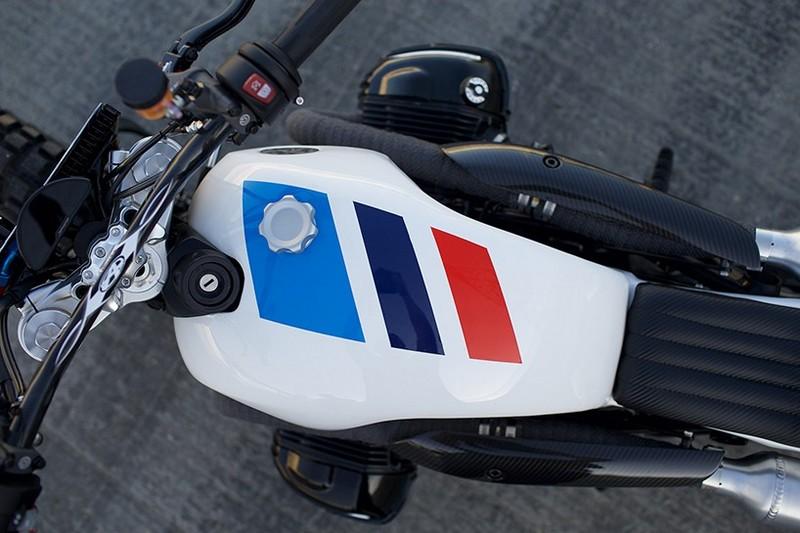 The JSK Custom Design Chocolate Slider-2015---BMW vintage racing colors